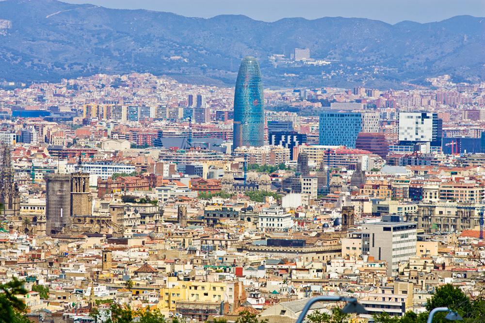 Barcelona - Barcelona una città da scoprie ed amare per la luce, i colori, i suoni