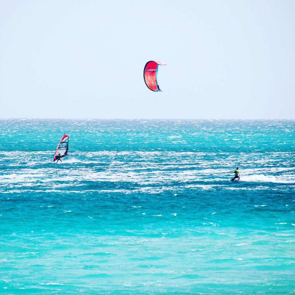 Kite Surf and Wind Surf